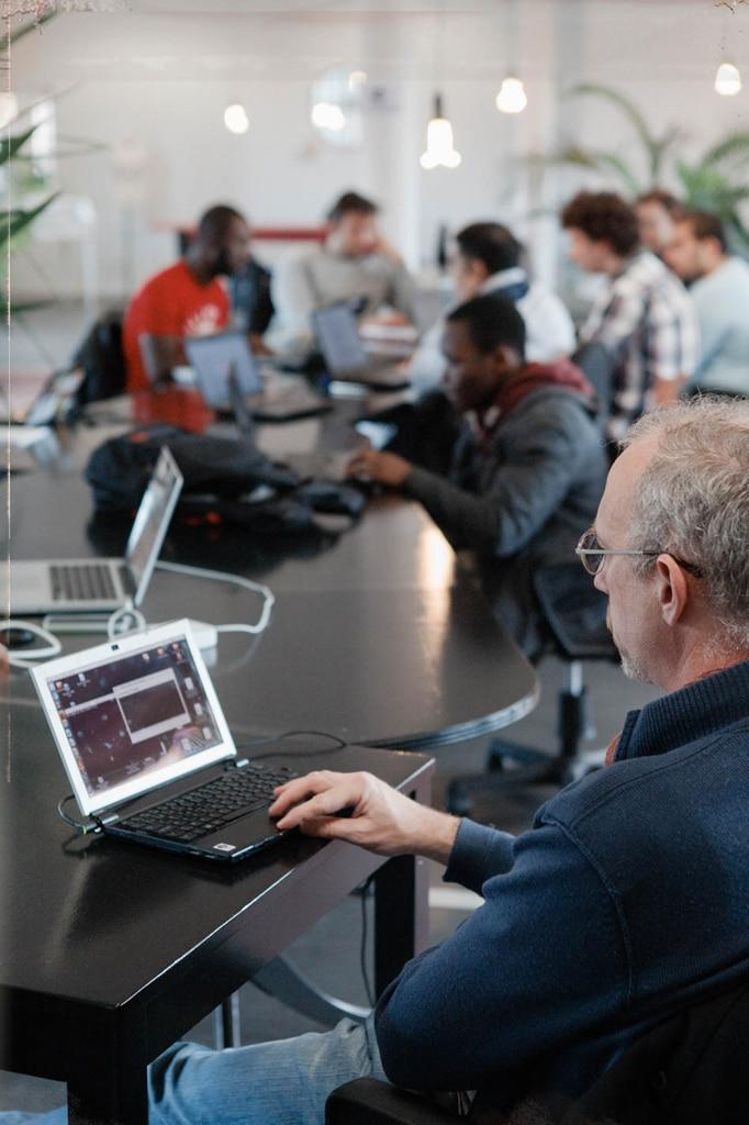 Espace de Coworking - table commune